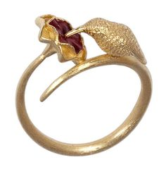 Aradia Nista hummingbird flower ring