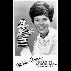 When your #motherinlove is famous!!!!!! #missanne #romperroom #stillasbeautiful #shesaysmynameallthetime