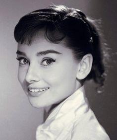 Audrey Hepburn Fashion Style