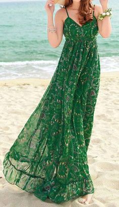 Green Chiffon Floral-Print Straps V Neck Bohemian Beach Maxi Dress Pattern Floral Occasion Daily,Vacation Material Chiffon Color Green Size S,M,L Mode Outfits, Dress Outfits, Casual Dresses, Long Summer Dresses Casual, Dress Clothes, Trendy Outfits, Pretty Dresses, Beautiful Dresses, Beautiful Women