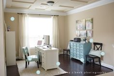 the beautiful office of photographer Shalonda Chaddock of Chubby Cheek Photography