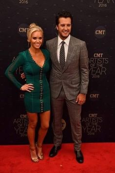 Luke Bryan | Is there anything this man doesn't look good...