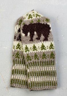 Toripolliisi voitti Paikkakuntien lapaset -kisan - Neulonta ja virkkaus - Suuri Käsityö Knitted Mittens Pattern, Knit Mittens, Knitted Gloves, Knitting Charts, Knitting Stitches, Knitting Patterns, Crochet Patterns, Crochet Christmas Decorations, Fingerless Mittens