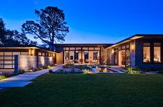 Villa moderna di lusso progettata da Nmaarchitects