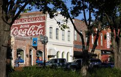 Fernandina Beach on Amelia Island is the epitome of Florida charm. Pristine beaches, historic buildings, and cute and quirky shops and restaurants make this town a top destination in North Florida. Here are a few ideas for the perfect weekend getaway in Fernandina Beach: