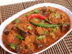 Afghan Food Recipes, Indian Food Recipes, Asian Recipes, Ethnic Recipes, Indian Foods, Dried Vegetables, Veggies, Eggplant Curry, Indian Cookbook