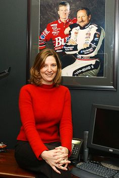 Newton: Kelley Earnhardt better than Dale Jr. Dale Earnhart Jr, Amy Earnhardt, Elliott Sadler, Nascar Racing, Auto Racing, Racing News, Jr Motorsports, The Intimidator, Chase Elliott