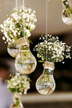 ♡ On Pinterest @ kitkatlovekesha ♡ ♡ Pin: Wedding ~ Light Bulb Flower Bouquet Holder Decor ♡