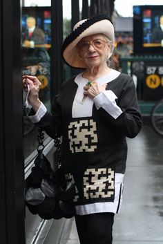 As we mature, our style only gets more amazing. #advanced #style #glasses #hat #old #lady #beautiful