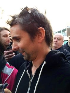 Matt signing fans objects