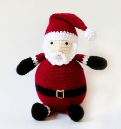 Amigurumi Holiday Santa - free pattern