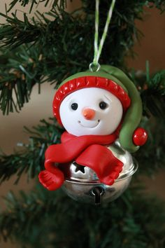 Christmas Snowman Ornament Polymer Clay Ornament by GnomeWoods Hanger Christmas Tree, Polymer Clay Christmas, Diy Christmas Ornaments, Christmas Snowman, Christmas Mood, Holiday Crafts, Christmas Decorations, Polymer Clay Ornaments, Polymer Clay Projects
