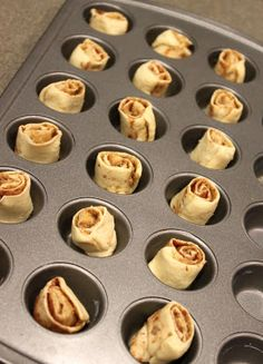 Quick and Easy Mini Cinnamon RollsI I just tried these! Pretty easy!!