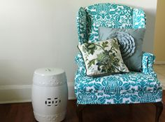 Lovely Little Life: DIY Upholstered Wingback Chair Framed Fabric, Painted Chairs, Diy Chair, My New Room, Diy Furniture, Furniture Refinishing, Home Decor Inspiration, Slipcovers, Diy Home Decor