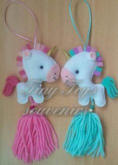 Combo Especial Pajaritos - $ 2.090,00 en Mercado Libre Unicorn Ornaments, Felt Ornaments, Felt Keychain, Christmas Craft Fair, Nursery Patterns, Crafts For Kids, Arts And Crafts, Unicorn Crafts, Felt Baby