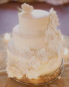 Featured Photographer: Clary Photo; Daily Wedding Cake Inspiration (New!). To see more: http://www.modwedding.com/2014/07/22/daily-wedding-cake-inspiration-new-3/ #wedding #weddings #wedding_cake