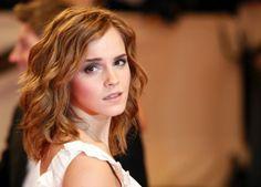 Beim Anblick der 23-jährigen Schönheit vergisst der Betrachter fast, dass Watson ihre Karriere ...