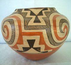 Acoma Pueblo Polychrome Water Jar