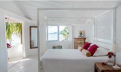 casa tres chic - bedroom  beach house in Manguinhos, brazil