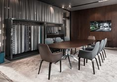 York little armchairs and Claydon table, Rodolfo Dordoni Design