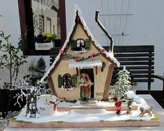 12th scale Christmas House by Karin Caspar @ All rights reserved, sold  Dolls : Silke Janas Schloesser