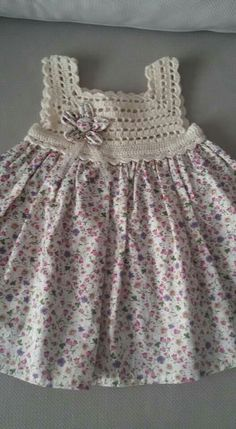 3b15c812 Denise Oliveira Silva Layette, Crochet Dress Girl, Baby Girl Crochet,  Crochet Baby Clothes