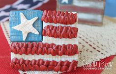 CookieCrazie: Shabby Chic American Flag Cookie (Tutorial)