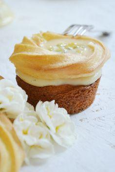 Saint Honoré Eierlikör-Cupcakes © Foodistas