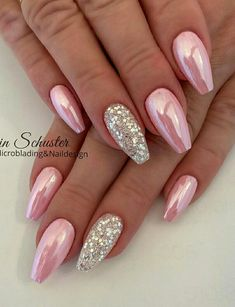 Beautiful Pink Chrome Nails With An Accent Glitter nail! Beautiful Pink Chrome Nails With An Accent Glitter nail! Beautiful Pink Chrome Nails With An Accent Glitter nail! Beautiful Pink Chrome Nails With An Accent Glitter nail! Chrome Mirror Nails, Pink Gold Nails, Pink Chrome Nails, Gold Chrome, Red Glitter Nails, Pink Holographic Nails, Pastel Nails, Stylish Nails, Trendy Nails