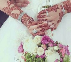 mehndi shared by Rose hussain on We Heart It