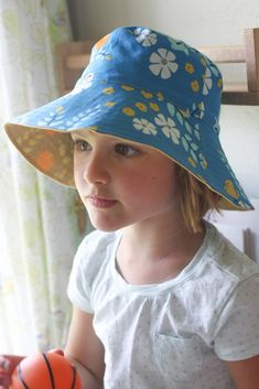 bucket hats (oliver+s, free pattern)