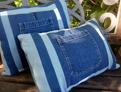 how to reuse jeans Jean Crafts, Denim Crafts, Reuse Jeans, Upcycled Textiles, Memory Pillows, Denim Ideas, Recycled Fashion, Old Jeans, Diy Clothes