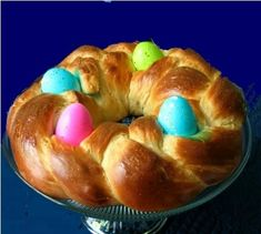 An Italian Easter bread recipe: part of holiday traditions in Italy. An Italian Easter bread recipe Easter Bread Recipe, Easter Recipes, Holiday Recipes, Dessert Recipes, Easter Desserts, Greek Desserts, Easter Dinner, Easter Brunch, Portuguese Recipes