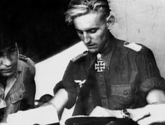Erich Hartmann was born on 19 April 1922 in Weissach, Württemberg, to DoctorAlfred Erich Hartmann and his wife, Elisabeth Wilhelmine Machtholf.