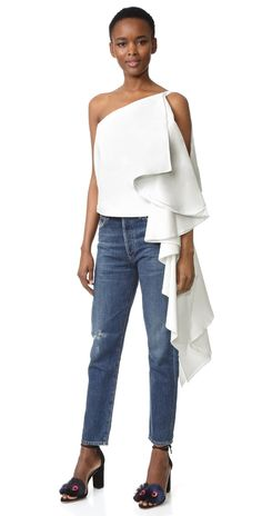 The best new mid-priced designer labels we have fallen for including Style Mafia Marina London and Rixo. Street Chic, Street Style, Off One Shoulder Tops, Spring Summer, Summer Sale, Dressing, Going Out Tops, Spring Fashion Trends, Trendy Tops