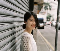 Simplicity is beauty. Cute Girls, Cool Girl, Japanese Photography, Ordinary Girls, How To Pose, Ulzzang Girl, Girl Photography, Look Fashion, Girl Photos