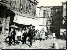 Eski İstanbul'da bir sokak - 1900'ler