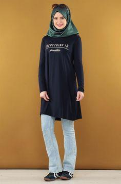 """Sputnik Tunik-Lacivert 4364-17 Sitemize """"Sputnik Tunik-Lacivert 4364-17"""" tesettür elbise eklenmiştir. https://www.yenitesetturmodelleri.com/yeni-tesettur-modelleri-sputnik-tunik-lacivert-4364-17/"""
