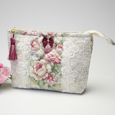 Fabric Wallet, Fabric Bags, Patchwork Bags, Quilted Bag, Pouch Pattern, Embroidery Bags, Pouch Bag, Pouches, Patch Quilt