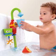 The Yookidoo Flow N' Fill spout attaches to the tub and offers many ways to play with water. Water is drawn up through the spout creating an endless stream. Includes 3 interchangeable cups with different spouting actions: create a shower, spin a propeller, or play peek-a-boo with a floating friend. Stack them and watch the water run through all at once. The spout swivels too! Easy for kids to turn on and off by pressing the face. Age 9 months and up. #Yookidoo #CamelotKids #BathToys
