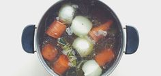 Why you should be drink more bone broth. Homemade soup has a strong reputation as a healing food and there's a good reason for that. In particular, soups made with bone broth are especially healing for digestive conditions and other chronic Soup Recipes, Cooking Recipes, Healthy Recipes, Clean Recipes, Healthy Foods, Gf Recipes, Detox Recipes, Brownie Recipes, Diabetic Recipes