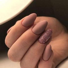 43 trendy nails coffin short matte manicures nails is part of Glitter nails Polish Remover - Glitter nails Polish Remover Gold Nail Art, Cute Acrylic Nails, Gold Nails, Glitter Nails, My Nails, Matte Gel Nails, Black Nails, Matte Black, Matte Almond Nails