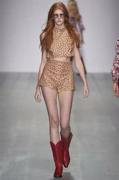 . Spring Summer 2015, Spring Summer Fashion, Runway 2015, London Fashion Week Mens, Ss 15, Catwalk, Peplum Dress, Ready To Wear, Two Piece Skirt Set