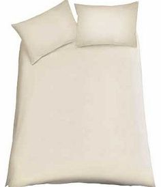 ColourMatch Cream Bedding Set - Double This classic cream double duvet set from the ColourMatch range is made from a mix of materials designed to be durable and easy care while still providing you with a comfortable nights sleep. Set inclu http://www.comparestoreprices.co.uk//colourmatch-cream-bedding-set--double.asp