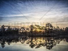 Lake in Hällefors - Sweden - Fototapeter & Tapeter - Photowall
