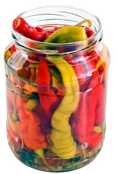 A recipe for Pepper Vinegar made with red or green hot peppers, white distilled vinegar, salt, cayenne Cherry Pepper Recipes, Cayenne Pepper Recipes, Recipes With Banana Peppers, Hot Banana Peppers, Cayenne Pepper Sauce, Hot Pepper Sauce, Stuffed Banana Peppers, Stuffed Pepper Recipes, Pickling Hot Peppers Recipe
