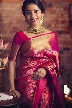 Soft silk sarees - buy the latest collection of soft silk sarees. check new and trendy wears for women. Mysore soft silk sarees and Kanjivaram soft silk sarees. Kanjivaram Sarees Silk, Indian Silk Sarees, Soft Silk Sarees, Bengali Saree, Banarsi Saree, Nauvari Saree, Lehenga Saree, Bridal Lehenga, Pink Saree Silk