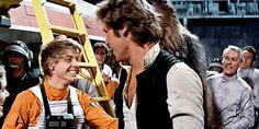 han solo + luke skywalker + princess leia Star Wars Art, Star Trek, Darth Vader And Son, Han And Leia, Mark Hamill, George Lucas, The Best Films, Carrie Fisher, Love Stars