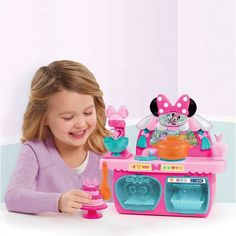 Superb Minnie Mouse's Bowtastic Pastry Playset Now At Smyths Toys UK! Buy Online Or Collect At Your Local Smyths Store! We Stock A Great Range Of Minnie Mouse At Great Prices.