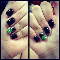 Frankenstein nails! Bride of Frankenstein! Halloween nail art! Halloween ready